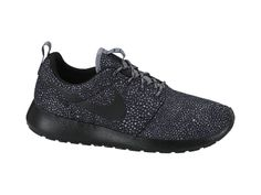 Nike Roshe Run Print Women's Shoe Got these as a present, can't wait to rock them in Chi-toen and Cali this spring break :)
