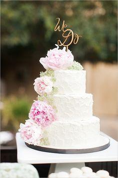 white #weddingcake with peonies @weddingchicks