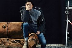 For all of us suffering from lack of Song Joong Ki, TOPTEN continues to share his smexiness with us: here he's showing off some of their F/W line. We're patiently waiting for him to ret… Korean Men, Korean Actors, Song Joong Ki Photoshoot, Song Joon Ki, Descendents Of The Sun, Sungkyunkwan Scandal, A Werewolf Boy, Hallyu Star, Innocent Man
