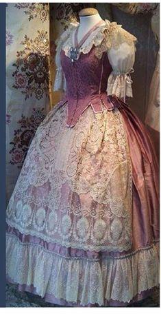 Old Fashion Dresses, Kimono Dress, Historical Clothing, Dressmaking, Old School, Corset, Beautiful Dresses, Valencia Spain, Gowns