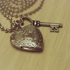 Valentine's Day Locket  Heart Locket and Key by DazzleMeBlue, $11.00