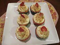 Berlea's Mind: Week 22: Strawberry Pretzel Cupcakes