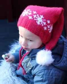 Hvem vil ikke ha nisselue til jul? Her er enkel og kjappstrikka nisselue som passer både til små og store. Du finner oppskriften til en billig penge på Woolspire.com, og hele inntekten av oppskriftsalget går uavkortet til designeren.