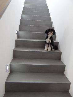 Betontreppe gespachtelt, Treppenbeschichtung Betonoptik, Treppe wie Sichtbeton…