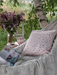 Floral hammock.  Very English country garden. This is very cute & looks super comfy. I need a yard!!
