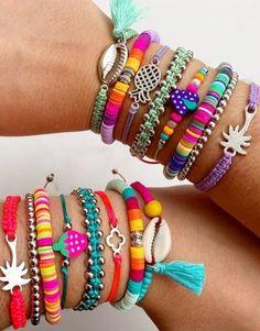 Diy Bracelets Easy, Summer Bracelets, Cute Bracelets, Handmade Bracelets, Beaded Bracelets, Cute Jewelry, Diy Jewelry, Beaded Jewelry, Jewelry Accessories