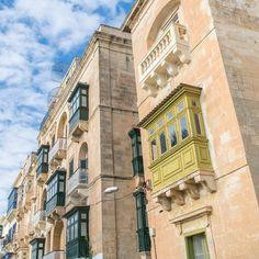 Il viale dei ricconi... #window #house #valletta #nikonitalia #blue #igersmalta #mymaltaguide #malta #valetta #instagood #picoftheday #memories #malte #vacation #maltese #maltaphotography #visitmalta #nikon #photooftheday #d5300 #architecture #view #hello_worldpics