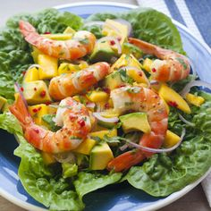Prawns with Mango and Avocado Salad from Summer TABLE Garnelen mit Mango-Avocado-Salat von Summer TABLE Prawn Mango Salad, Mango Avocado Salad, Mango Salat, Avocado Salad Recipes, Avocado Dessert, Mango Recipes, Strawberry Recipes, Avocado Toast, Easy Summer Meals
