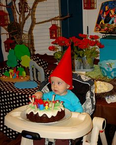Gnome birthday party @Andrea Silvernagel Murphy (Dez' 1st birthday idea?)
