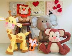 Felt Patterns, Felt Toys, Felt Crafts, Teddy Bear, Animals, Felt Projects, Ideas, Pom Pom Crafts, Safari Crafts