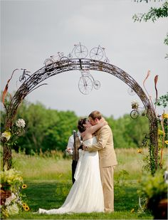 gorgeous bicycle themed wedding...i love the alter.