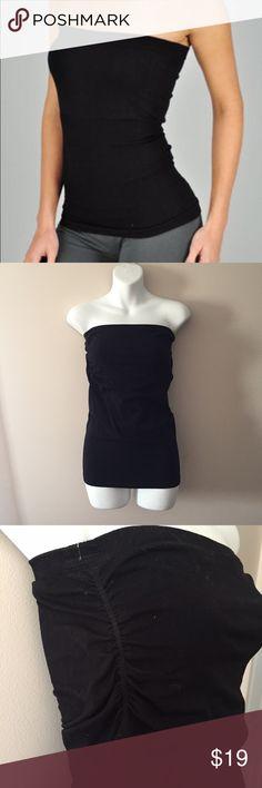 """Bebe Black tube top. Size Large. Excellent condition Bebe Black tube top. Size Large. Has built in shell bra. 20"""" long. bebe Tops"""