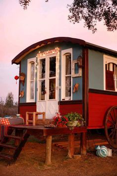 gypsy house ..This is cool! I'd live in this for a little while.