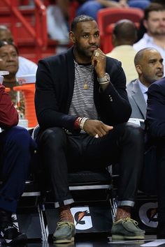 Lebron-James-wears-Balmain-Embroidered-Jersey-Blazer-lanvin-striped-tee-and-clarks-wallabees-shoes