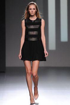 Teresa Helbig - Runaway Mercedes Benz Fashion Week Madrid Fall-Winter 2013/2014