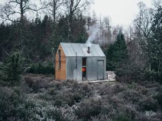 Nestled in the woods of Cairngorms National Park, the Inshriach Bothy inspired the creation of the Artist Bothy series: customizable prefab cabins that can be purchased starting at Prefabricated Cabins, Prefab Homes, Tiny Homes, Tiny Cabins, Tiny House Cabin, Cabin Design, House Design, Prefab Buildings, Metal Siding