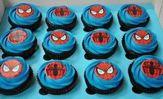 Spiderman Cupcakes - Visit to grab an amazing super hero shirt now on sale! Spiderman Cupcake Toppers, Spiderman Cookies, Spiderman Birthday Cake, Superhero Cookies, 4th Birthday Cakes, Superhero Cake, Birthday Ideas, Kid Cupcakes, Cupcake Party
