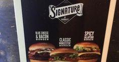 Découvrez le côté #foodporn de la gamme Signature by McDonald's, soit une série de burgers premium et gourmet proposés le fast food dans un nombre limité de restaurants.