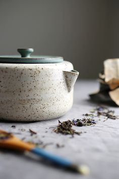 Tips for Buying Handmade Ceramics with Jessie Lazar – Anne Sage