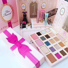 from @vanityprimpmakeup: There is so much detail in this palette. It's even more beautiful in person!  #toofaced