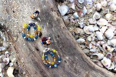 Orecchini blu e gialli in seta con pietre dure di Barbara Del Rio su DaWanda.com