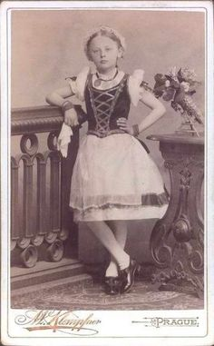 Old picture of an old Kroj. I'm thinking from Moravia.