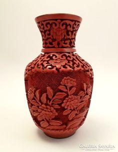 Lakkfaragott keleti váza