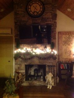 Den fireplace...