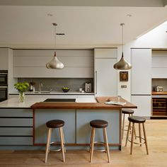Roundhouse kitchen/living spaces - contemporary - Kitchen - London - Roundhouse