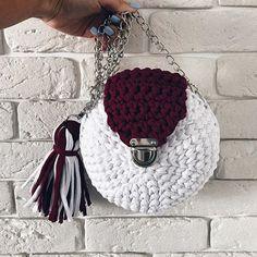 TAKE IT,WEAR IT, LOVE IT! #вяжу #вязание #вяжуназаказ #вяжутнетолькобабушки #гомель #беларусь #минск #вязаныйкардиган #knit #knitting_is_love #ig_knitting #knitting_inspiration #knitwear #knitstagram #model #love #beauty #gomel #belarus #трикотажнаяпряжа #пряжалента #сумкакрючком #трикотажнаясумка #ручнаяработа #сумки #мода #стиль