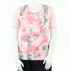 t-shirt rose avec impression et strass, grande taille de 44 à 52 FR de la marque Léa H Curve. #tshirt #LéaHCurve #mesboutiquesgrandetaille