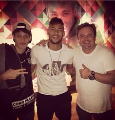 Neymar tonight with his friends | posted by Bruno on Instagram || 21.3.2015 ||