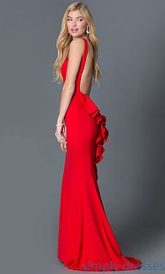 Shop red formal dresses and evening gowns at Simply Dresses. Short red dresses, long red dresses, red cocktail party dresses, red formal evening gowns, and women's formal dresses in red. Grad Dresses Short, Navy Blue Prom Dresses, Formal Dresses With Sleeves, Long Formal Gowns, High Low Prom Dresses, Dresses For Teens, Formal Wear, Homecoming Dresses, Dress Images
