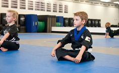CONTROL - this skill helps students develop control over their body, mind, emotions, and more! Family Martial Arts, Israeli Krav Maga, Krav Maga Self Defense, Self Defense Classes, Learn Krav Maga, Combat Training, Hand To Hand Combat, Yoga For Kids, Ninjas