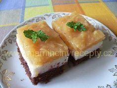 Jogurtovo-jablkové řezy - My site Czech Recipes, Ethnic Recipes, Spanakopita, Sweet Tooth, Food And Drink, Apple, Cooking, Apple Fruit, Kitchen