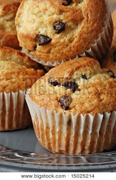34 Ideas Baking Desserts Muffins Sweets For 2019 Baked Breakfast Recipes, Breakfast Muffins, Breakfast Bake, Muffin Recipes, Baking Recipes, Cookie Recipes, Chocolate Chip Cupcakes, Chocolate Muffins, Chocolate Desserts