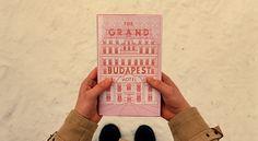 Annie Atkins GBH book Annie Atkins, diseñadora en El Gran Hotel Budapest