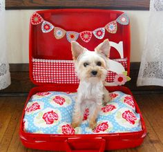 She looks just like my little Krisi!  Now I gotta make her bed look just like this!  hopscotch lane: Sophie's Got a Brand New Bed