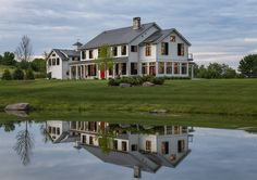 This family getaway in upstate New York combines modern interiors with an exterior rooted in the American farmhouse. We worked closely with Susana Simonpietri of Chango and Co. to achieve the owner's vision of a modern country farmhouse. American Farmhouse, Country Farmhouse, Modern Farmhouse, Modern Cottage, Loft Spaces, Modern Country, Architect Design, Historic Homes, Old Houses