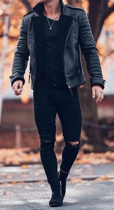 Mens Clothing Styles You Must Try ⋆ zonamasak.me – Men's style, accessories, mens fashion trends 2020 Trendy Mens Fashion, Stylish Mens Outfits, Mens Fashion Suits, Fashion Black, Men's Casual Outfits, Fashion Boots, Fashion Fashion, Mens Fall Outfits, Fashion Brands