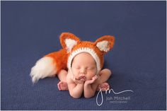This rustic fox set is handmade with soft, high end acrylic yarn. It is brushed to a furry finish to give a realistic look to your photos. You