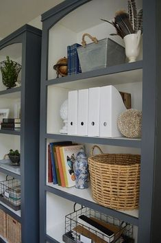 Here are the Diy Office Bookshelves Designs Ideas. This article about Diy Office Bookshelves Designs Ideas was posted under the … Bookcase Makeover, Office Makeover, Furniture Makeover, Grey Bookshelves, Painted Bookshelves, Paint Bookshelf, Bookcase Painting Ideas, Bookcases, Refurbished Bookshelf