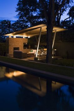 How fabulous is this mid-century inspired pool cabana, porch structure?! I want one!!!