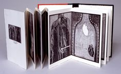 Don't Lose Heart by Anne Gilman. 2001 mixed media digital accordion book printed on Arches cover stock, edition of 10 x x Accordian Book, Concertina Book, Book Sculpture, Handmade Books, Little Books, Book Making, Art Plastique, Altered Books, Mini Books