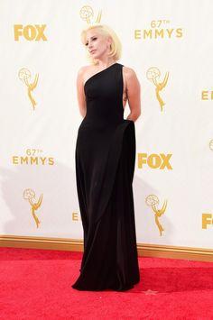 FOTOS: Lady Gaga no red carpet do Emmy Awards 2015 - RDT Lady Gaga