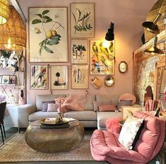 New Ideas Into House Design Interior Living Room Decorating Ideas Never Befo… - Best Home Deco Boho Living Room, Living Room Interior, Home Interior Design, Bright Living Room Decor, Colorful Living Rooms, Living Room Artwork, Cozy Eclectic Living Room, Living Area, Retro Living Rooms