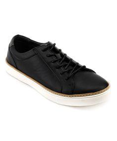 Black & White Woodinville Sneaker