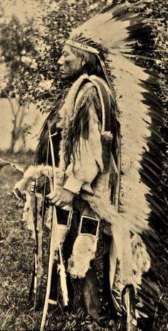 Esa-Thosa-Vit (Aka White Wolf) - Comanche - Ca 1890