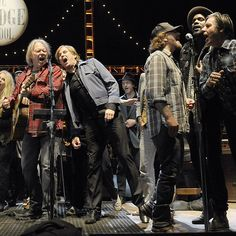 "#NeilYoung wrapped the 26th Annual #BridgeSchoolBenefit Saturday night with an all-star jam of ""Rockin' in the Free World"" joined by #EddieVedder, #JohnDoe, Jack White and #GaryClarkJr. Read the full recap at RollingStone.com Photo: Tim Mosenfelder/Getty Images"