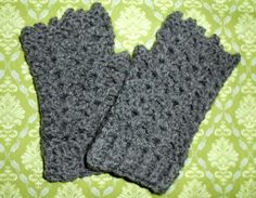 Fingerless Shell Gloves - Free Crochet Pattern